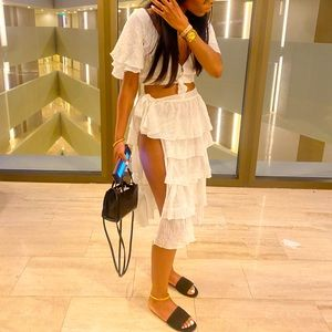 White vacation outfit